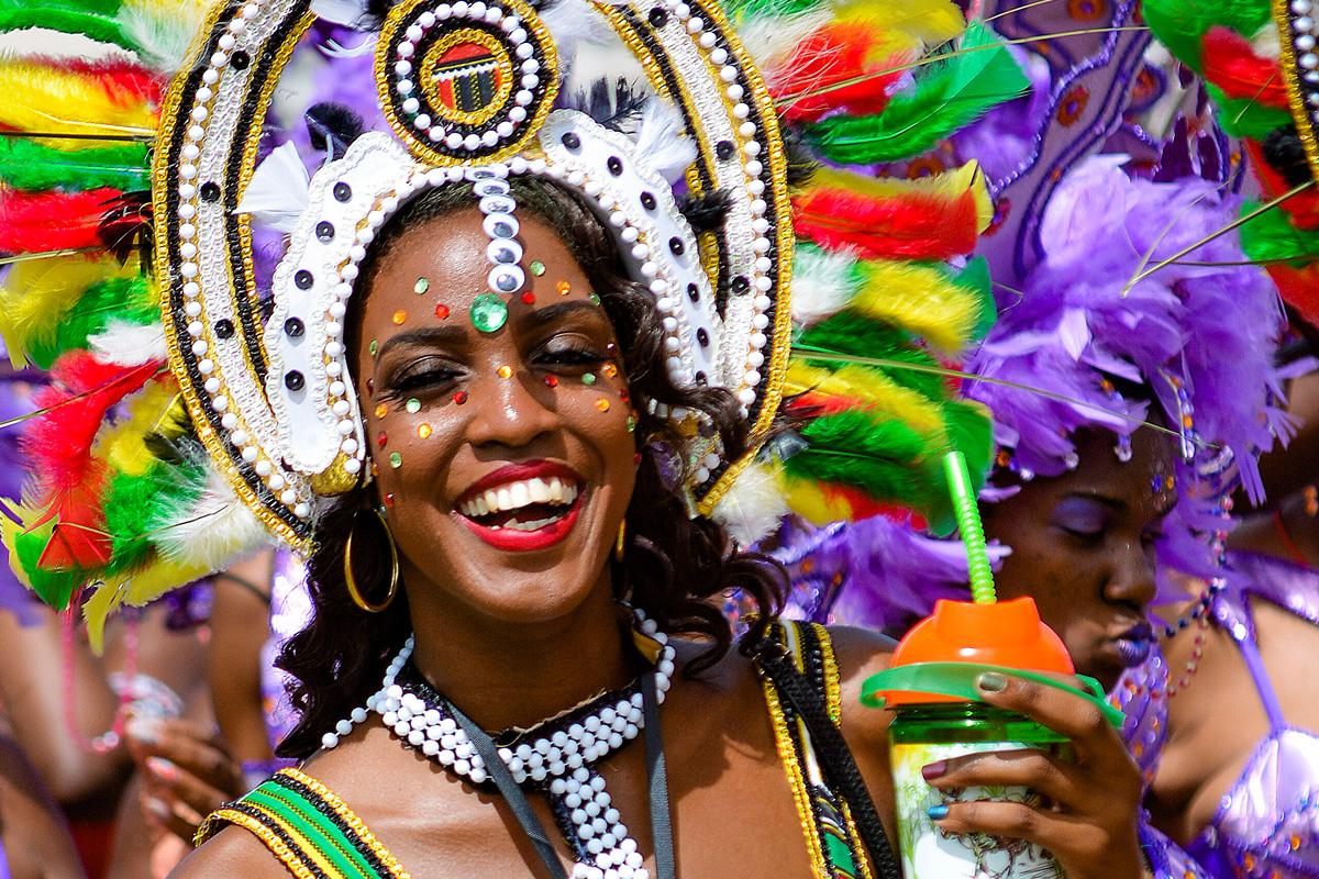 barbados-crop-over-2015-masquerader